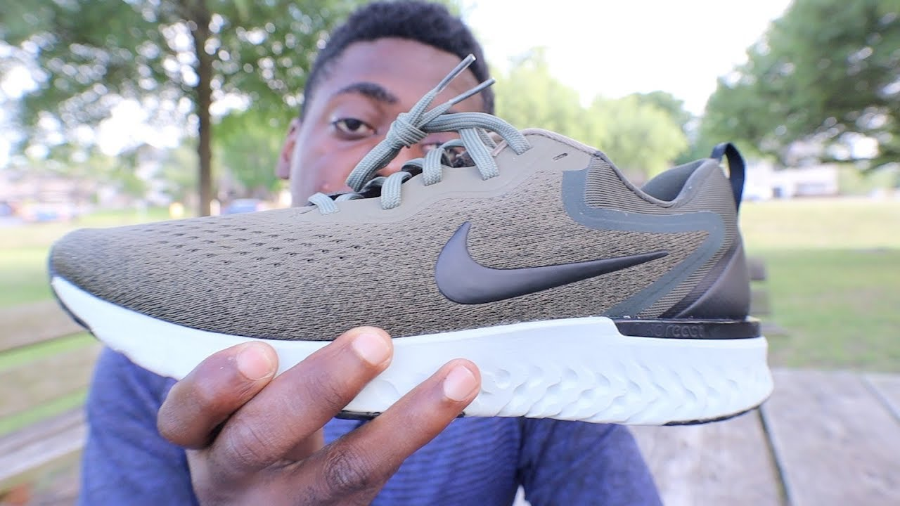 ea32c3cc299 NIKE ODYSSEY REACT VS NIKE EPIC REACT FLYKNIT - YouTube