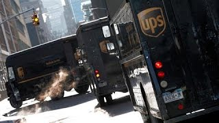 Amazon Loosens Ties With UPS