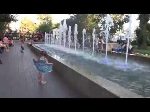 Энгельс достопримечательности Покровский парк поющий фонтан