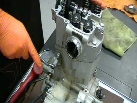 Sonic disassembles the KTM RFS Engine Part 1