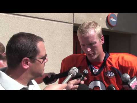 Denver Broncos QB Chris Simms 08-20-09