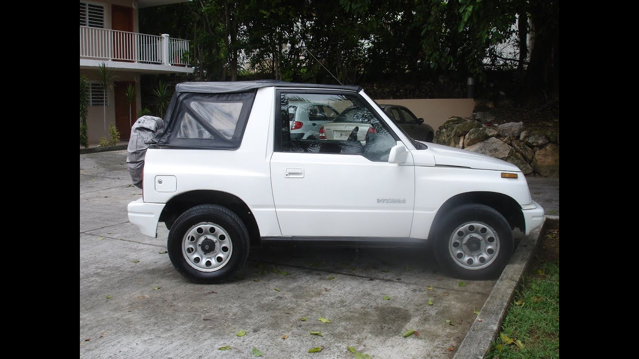 Suzuki Vitara Soft Top View