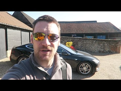 The trouble with EV charge posts (and should the Government help)
