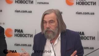 Минские соглашения возможно реализовать только пошагово – Погребинский