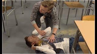 Uczniowie odpalili w klasie petardę! [Szkoła odc. 503]