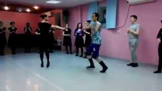 Произвольный танец Лезгинка видео Как танцевать лезгинку Уроки танца 1