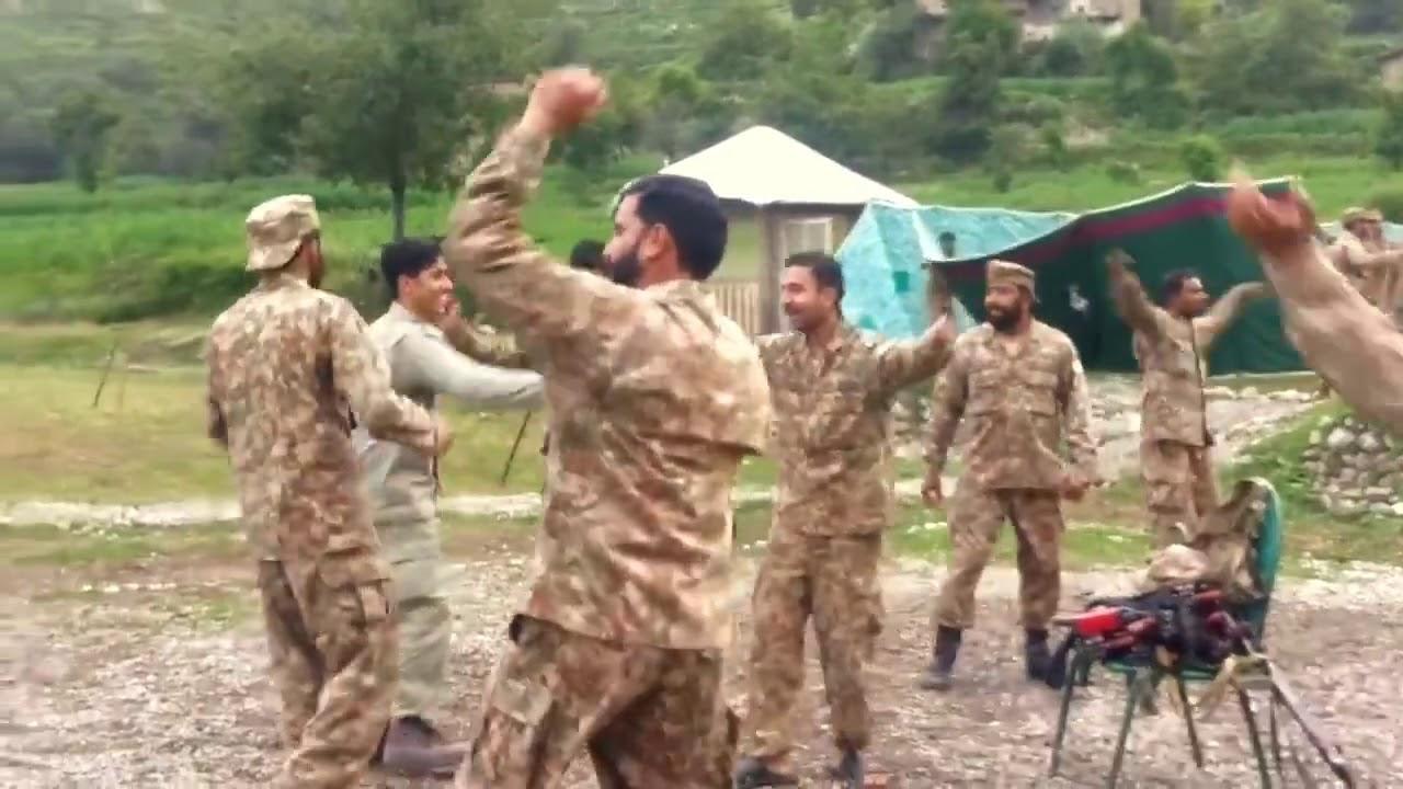 Pak Army Dance video viral  we love pak army