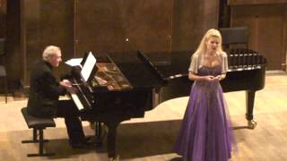 Sandra Plamenats - En Svane (A Swan) - E. Grieg