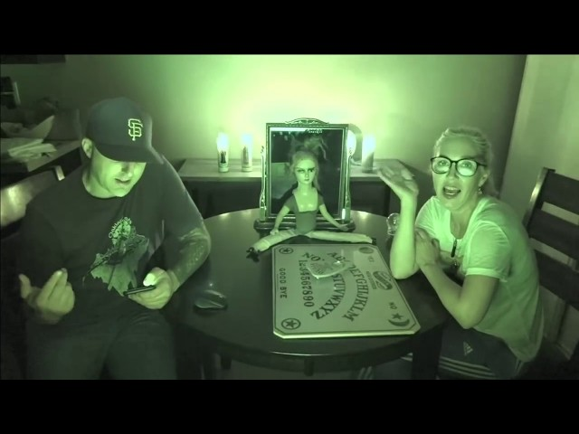 Slender Man Ritual in a Haunted Apartment