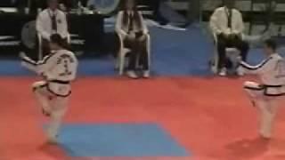 WORLD TAEKWON-DO CHAMPIONSHIP I.T.F. ARGENTINA 2009 ( SUSKA VS LOOI )