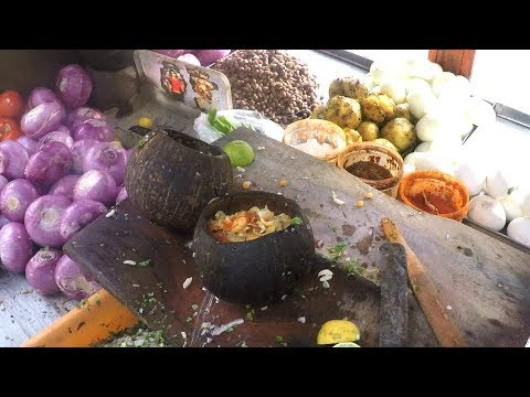Indian Street Food - Muntha Masala With Egg @ 20 Rs Plate | Spicy Chat Masala
