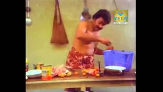 Boeing Boeing Malayalam Movie - Mohanlal Making Fun With Chicken