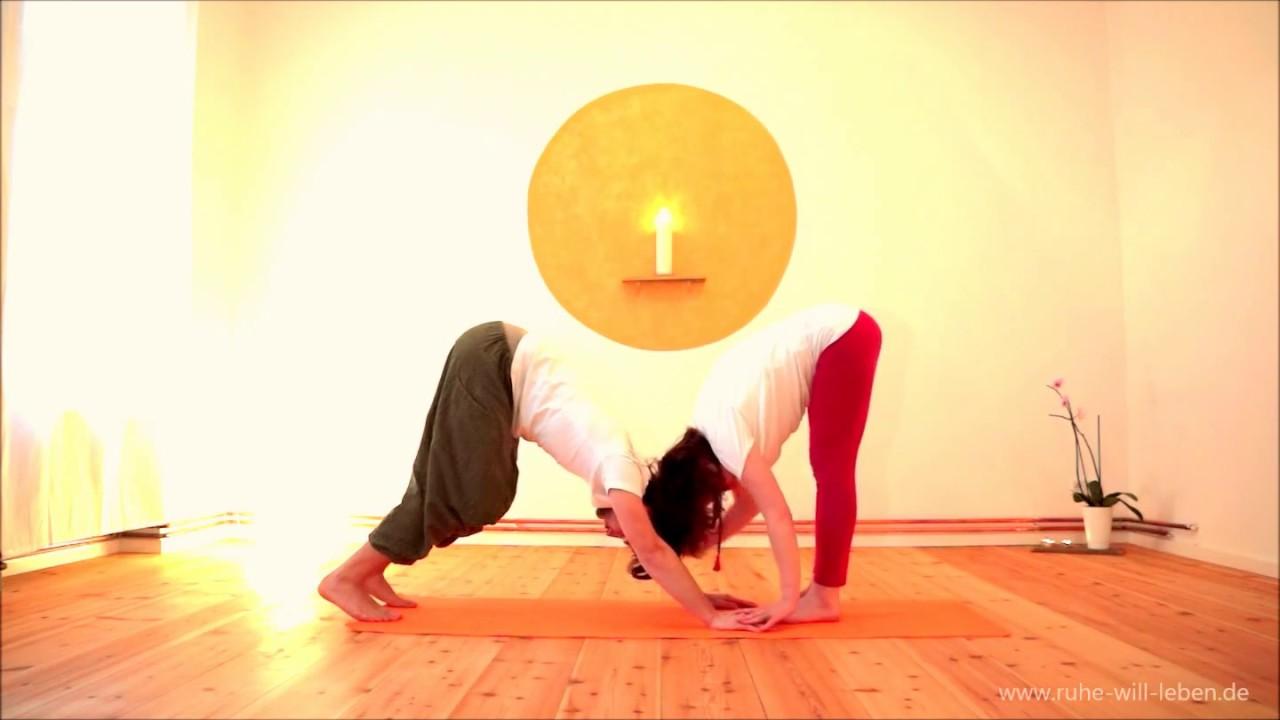 Partneryoga - Yoga zu zweit | Annehmen - YouTube