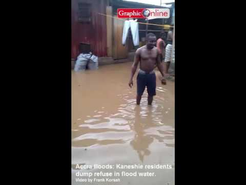 Accra floods: Kaneshie residents dump refuse in flood water