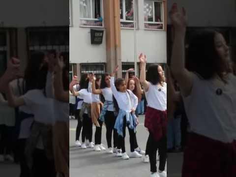 23 Nisan Tuttu Fırlattı Kalbimi Modern Dans Gösterisi 23.04.2017