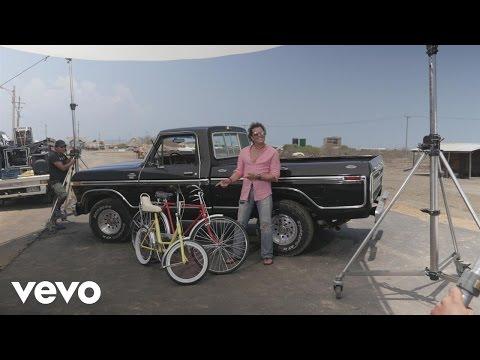 Carlos Vives, Shakira – La Bicicleta – Behind the Scenes