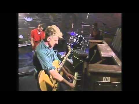 Crowded House - Don't Dream It's Over (Countdown 1987)