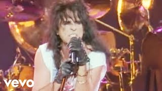 Alice Cooper - No More Mr. Nice Guy (from Alice Cooper: Trashes The World)