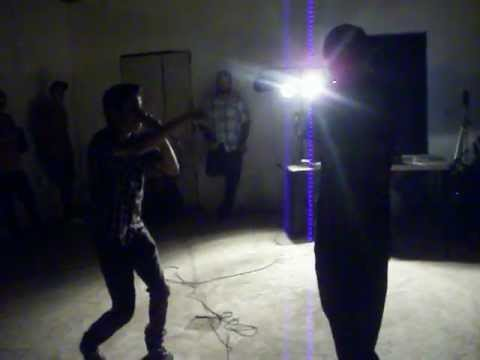 Mc Mila vs Solik - Batallas de Freestyle -BBoxed (21/abril/2012)