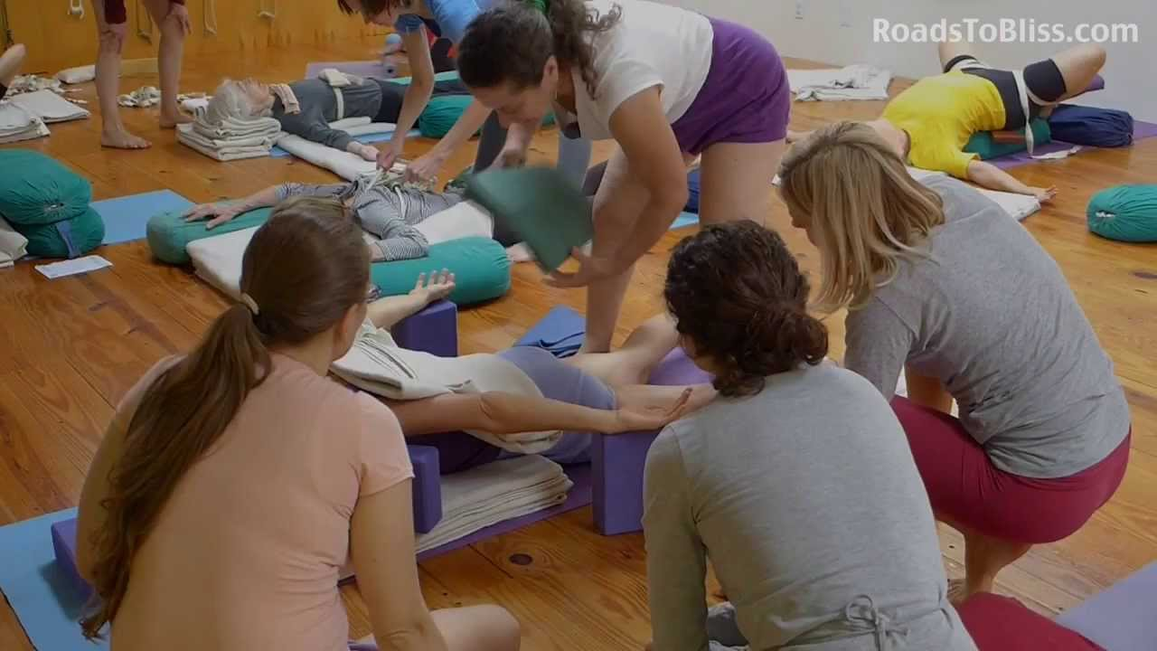 how to get certified to teach prenatal yoga