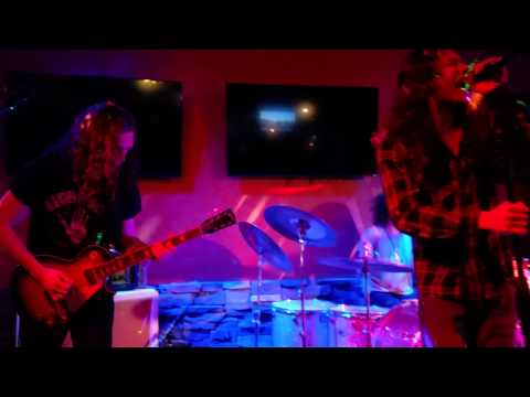 Red Sky Mary- Red Witch (live)