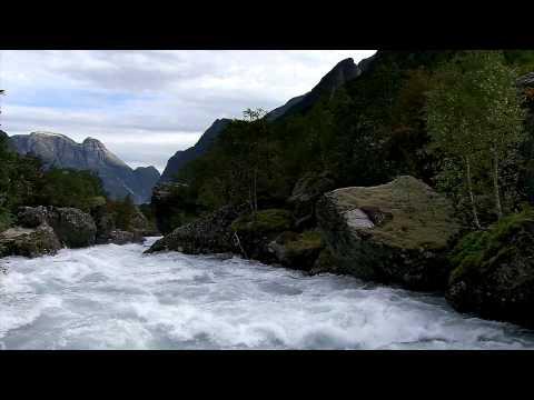 Briksdal Sognefjord, river