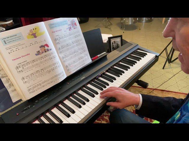 """""""The Windmill"""": learning how to teach yourself piano music """"poco a poco"""""""