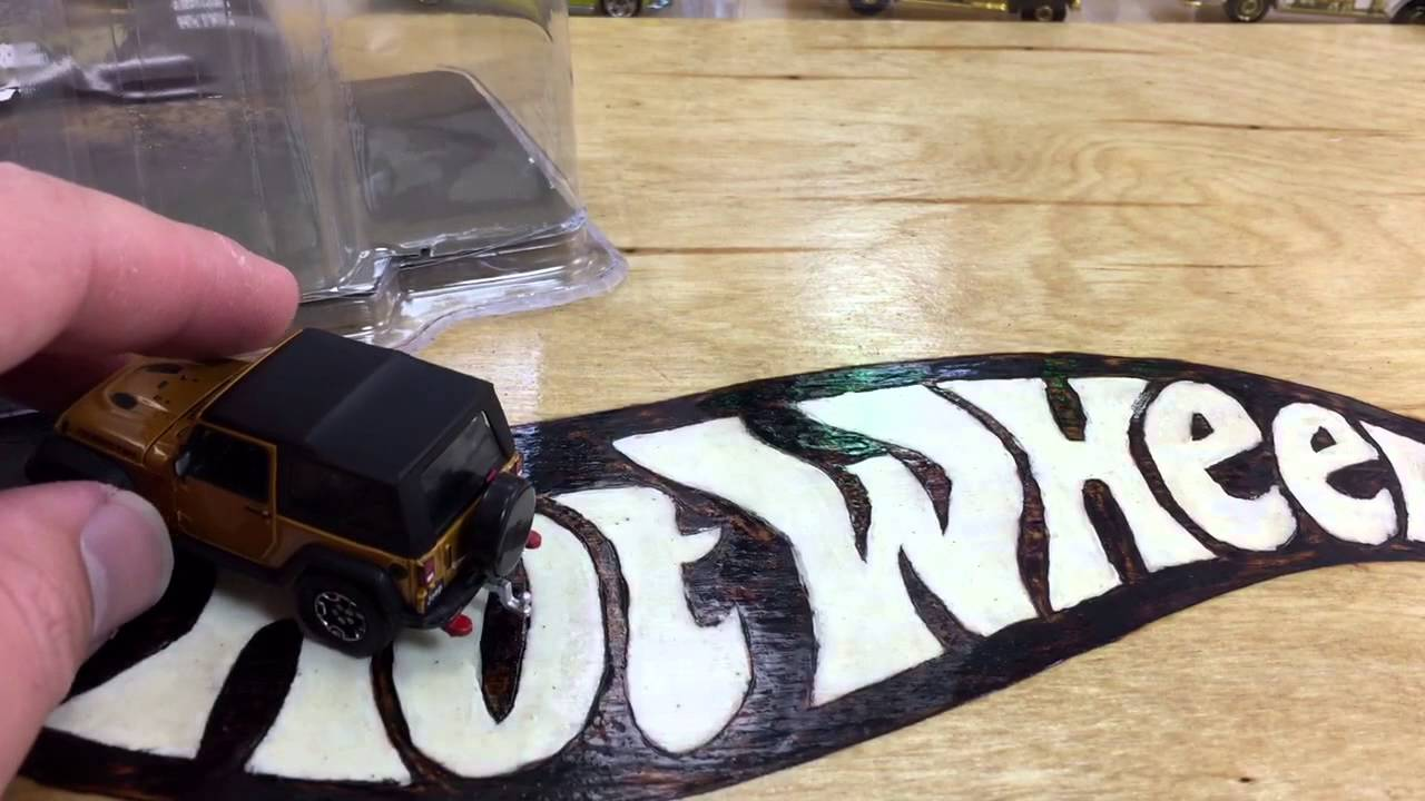 Greenlight Hitch and Tow Jeep + Small Cargo Trailer Series 1!