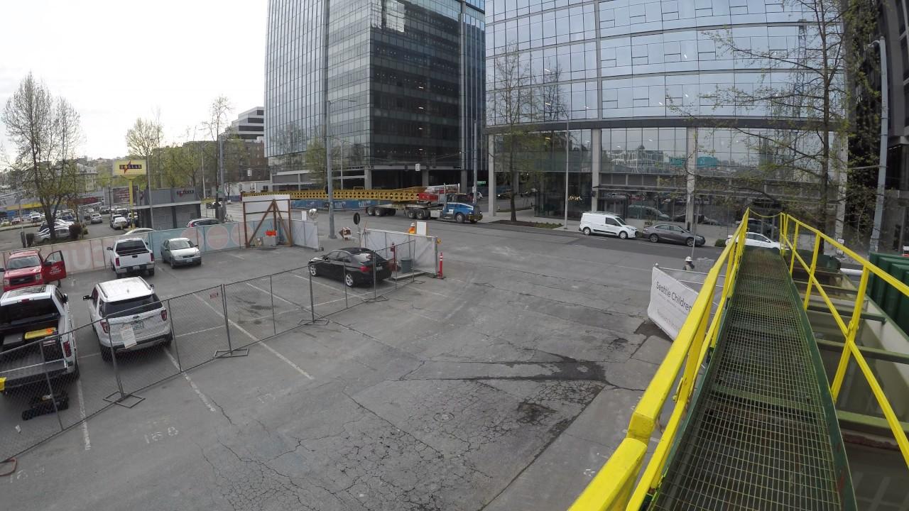 Smart Car Seattle: 130' Conveyor (smart Car) Downtown Seattle