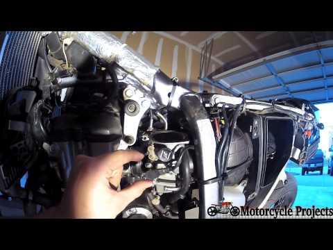 Mikuni CV BSR36 Carb Explained (DRZ400SM/S)