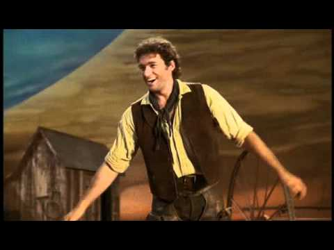 Oklahoma - Oh What a Beautiful Morning (Hugh Jackman)
