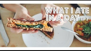 One of Lauren Toyota's most viewed videos: WHAT I ATE IN A DAY (VEGAN) EP #7