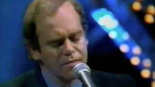 "Elton John - Blue Eyes (1982) Live on ""Parkinson"""