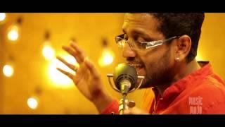 Kinna Sona (Nusrat Fateh Ali Khan cover) by Roshan - Music Mojo - Kappa TV