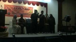 UMNIYYAH  NASYID SATU FAMILI lagu RAIHAN