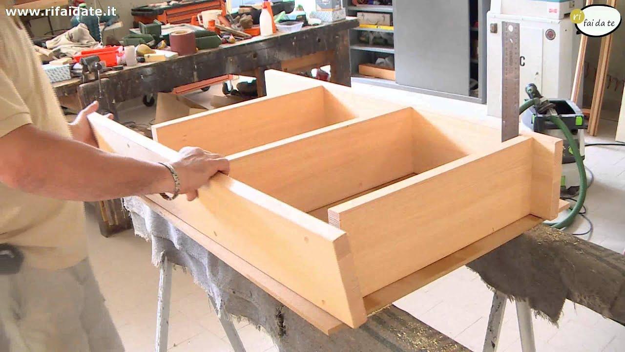 Come fare uno scaffale in legno youtube for Costruire porta tv
