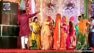BAISA'S WEDDING DANCE || MEHANDI RACHN LAGI HATHA M || RAJPUTI WEDDING DANCE || RS ENTERTAINMENT