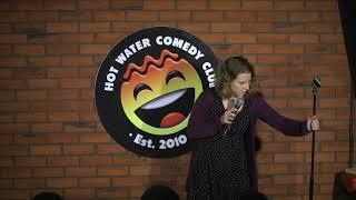 Hannah Jones LIVE at Hot Water Comedy Club
