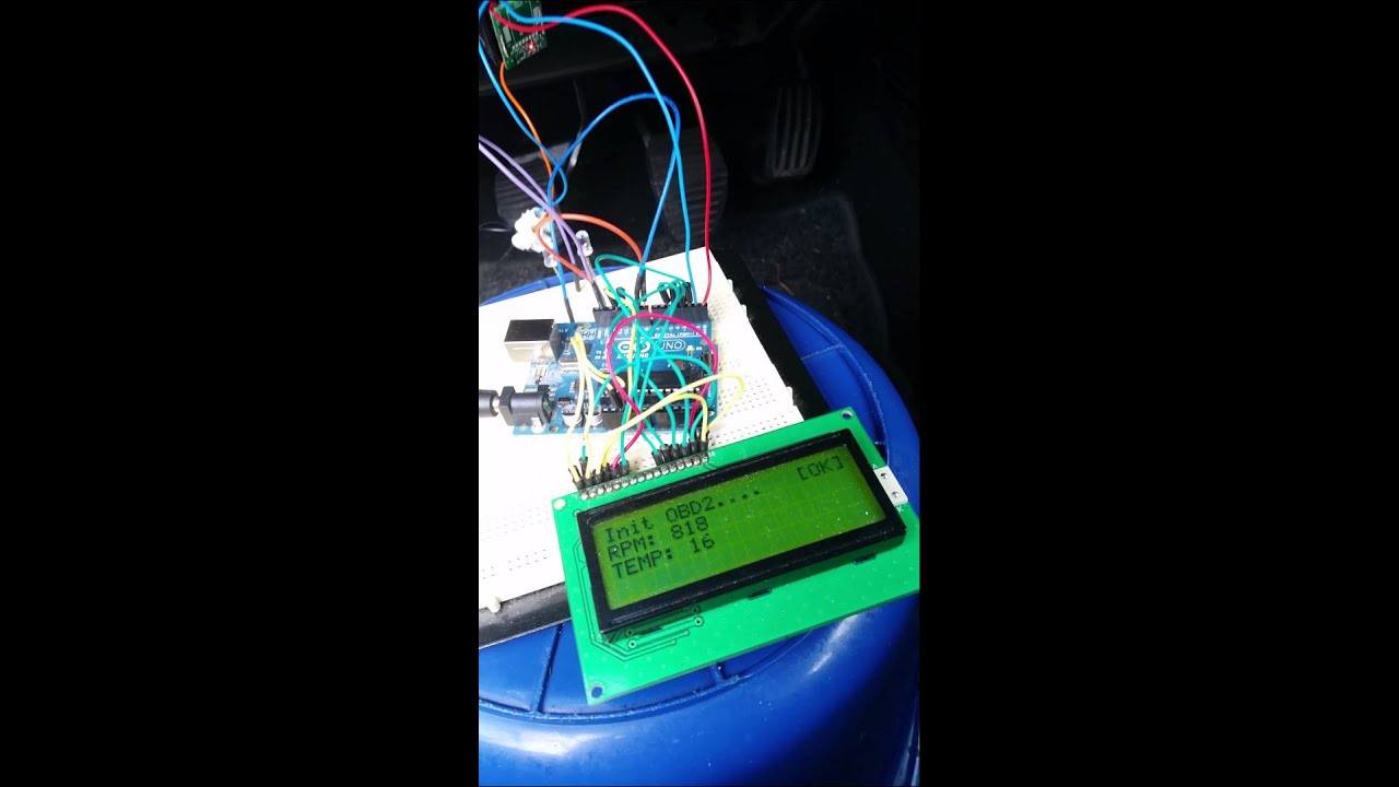 Arduino OBD2 interface reading data from car