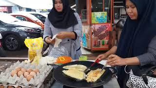 BARU KALI INI KETEMU MARTABAK TELOR MURAH BANGET DAN ENAK!!! INDONESIAN STREET FOOD