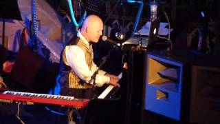 Thomas Dolby Mulu The Rain Forest Live (Excerpt from Circumnavigating The Flat Earth Union Chapel)