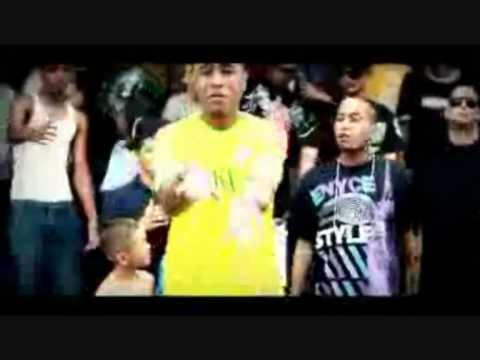 Cosculluela Ft. John Jay - Si Te Me Pegas (Video Music)