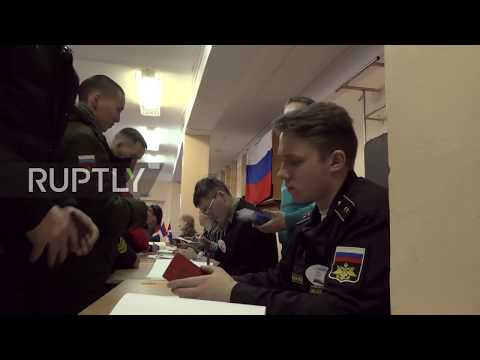Russia: Vladivostok submariners