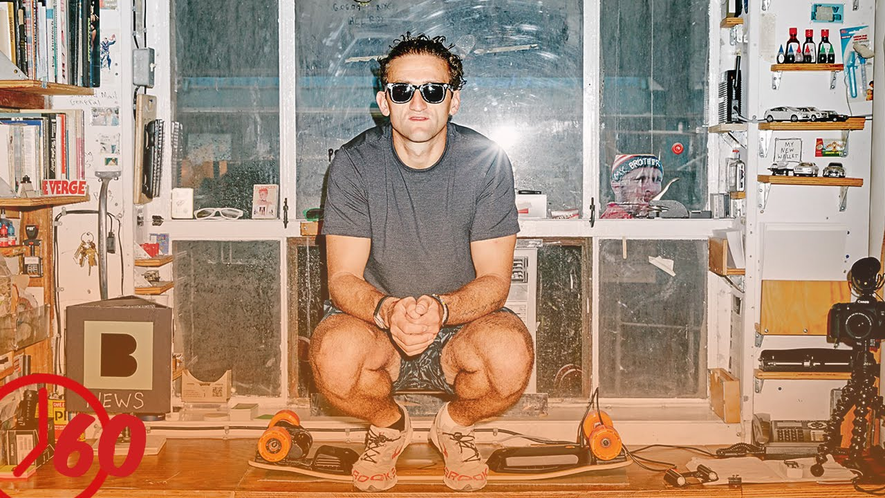 f7172769f7 YouTuber Casey Neistat FACTS - YouTube