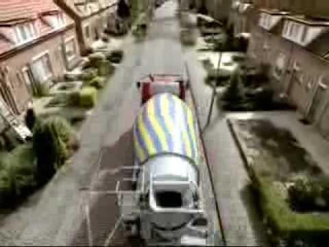 Commercial Cementmixer (2001) - Even Apeldoorn bellen - Centraal Beheer