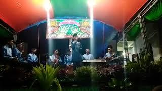 Covel lagu (Qomarun) versi ARABIC BAND.