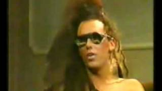 Dead Or Alive-What I Want Live And Interview With Pete Burns