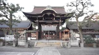 六孫王神社(経基王の墓)