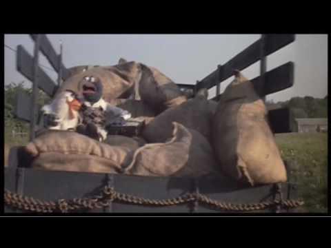 saying-goodbye---the-muppets-take-manhattan