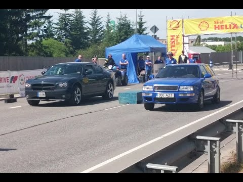 Audi RS2 Avant 2.2t vs Dodge Charger R/T 5.7 Hemi 1/8mile drag race
